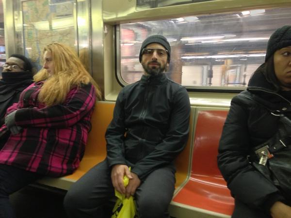 Sergey Brin en el metro