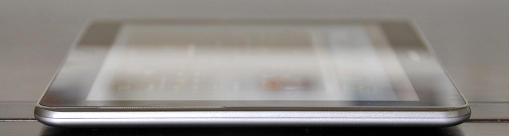 Galaxy Tab 2 10.1 - parte derecha