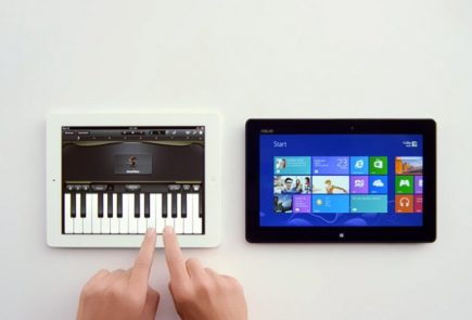 Anuncio tablet Microsoft frente a iPad