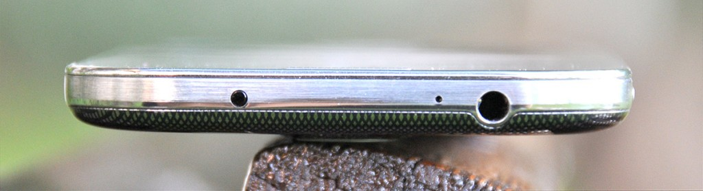 Samsung Galaxy S4 - parte superior