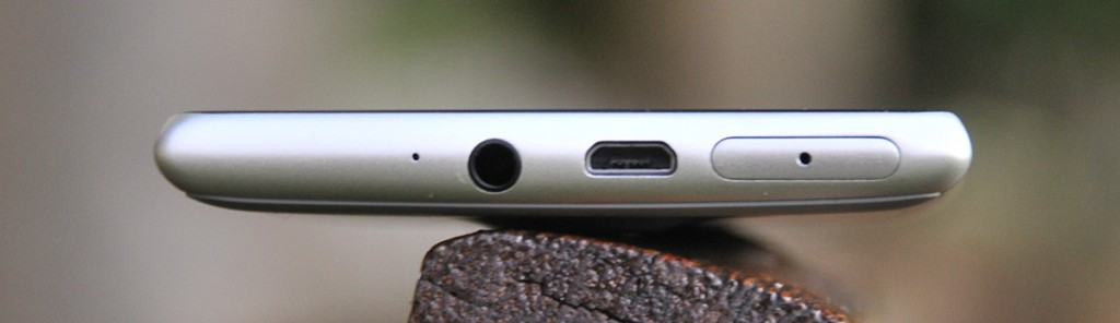 Nokia Lumia 925 - arriba