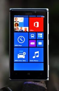 Nokia Lumia 925 - frontal