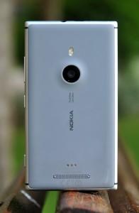 Nokia Lumia 925 - trasera