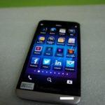 BlackBerry A10 por delante