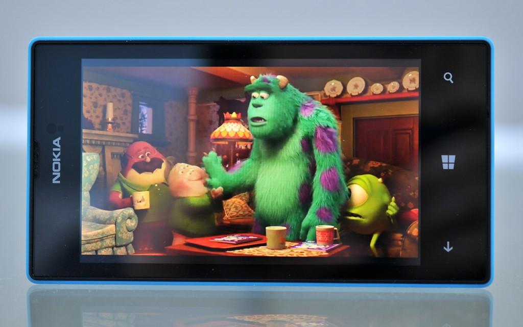 Nokia Lumia 520 video