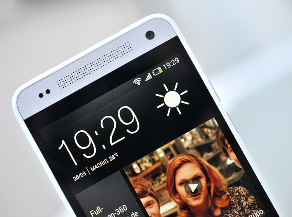 HTC One Mini - pantalla