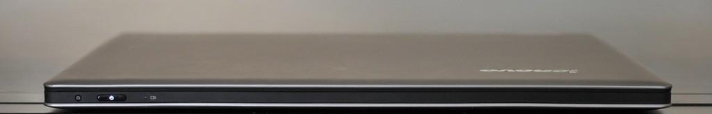 Lenovo IdeaPad Yoga 13 - lateral frontal