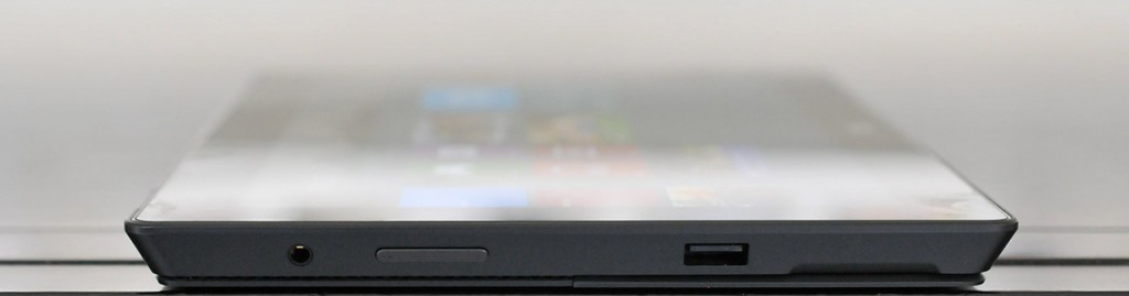 Microsoft Surface Pro - izquierda
