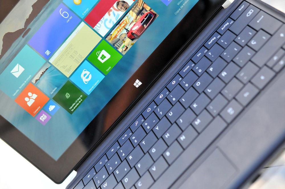 Microsoft Surface Pro - pantalla y teclado