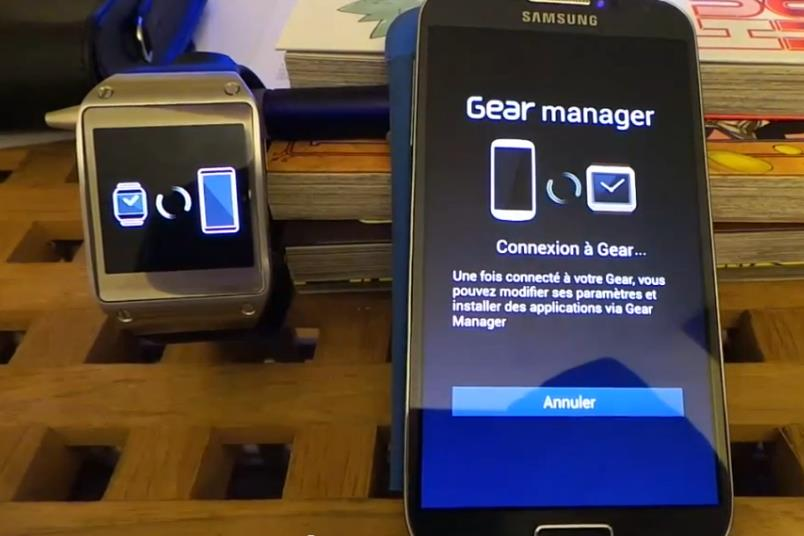 Galaxy S4 con Galaxy Gear