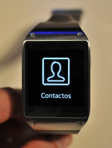 galaxy gear - menu contactos