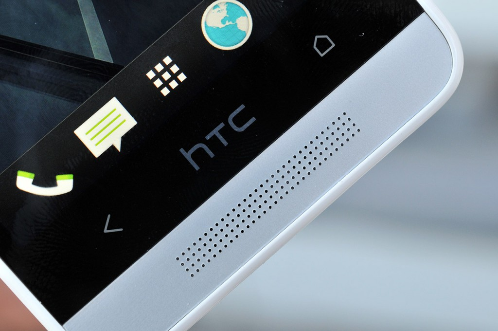 HTC One Mini altavoz