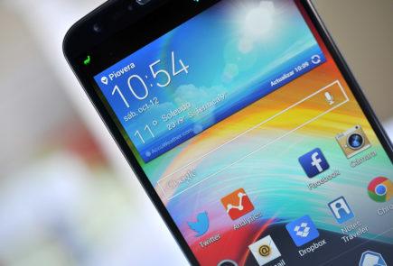 LG G2 pantalla