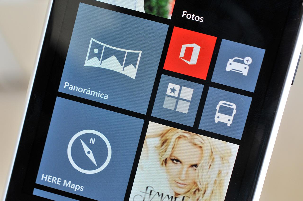 Nokia Lumia 1020 - pantalla