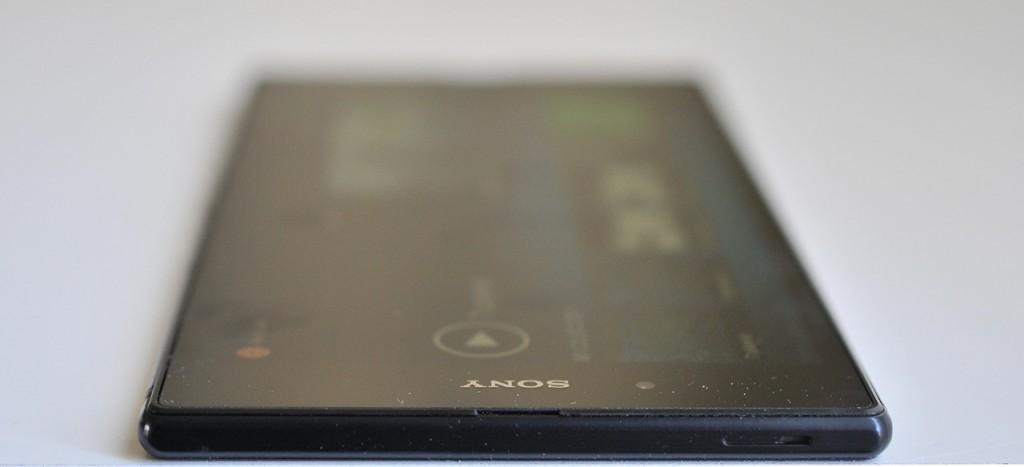 Sony Xperia Z Ultra - arriba