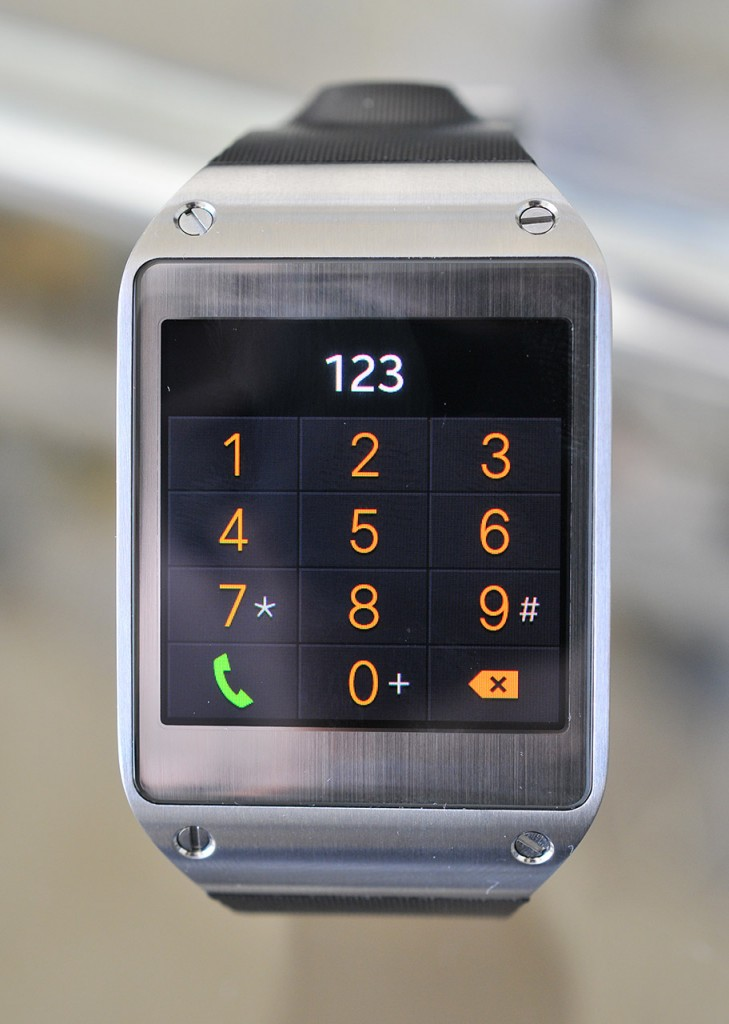 Galaxy Gear - Telefono