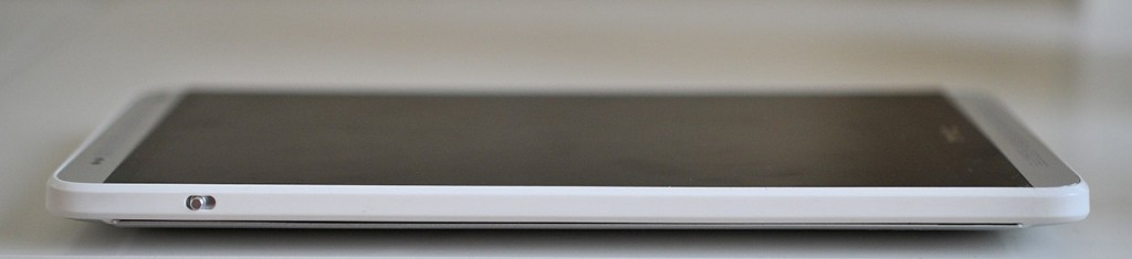 HTC One Max - izquierda