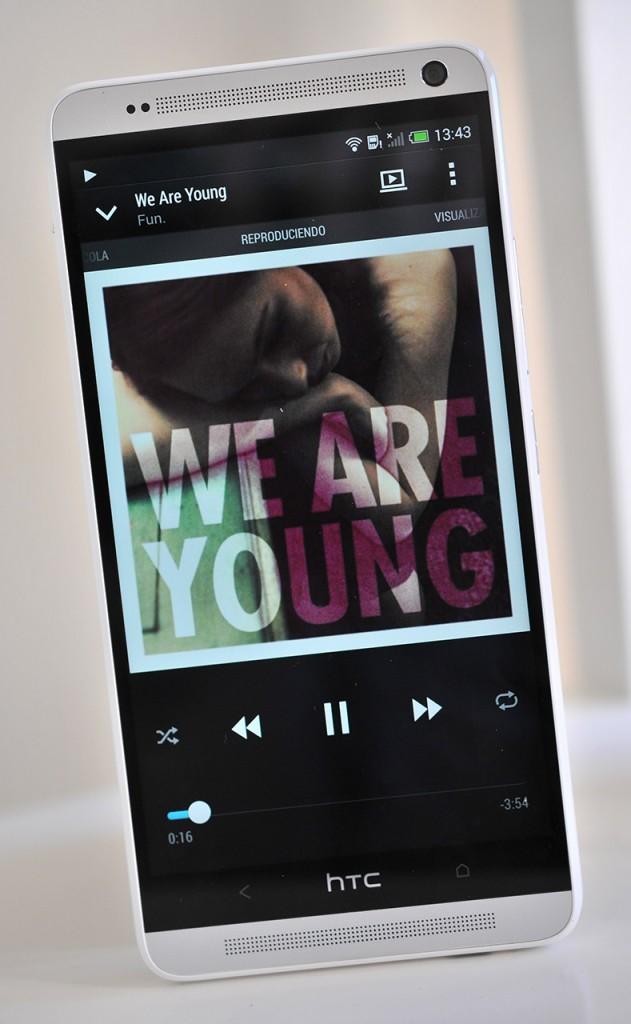 HTC One Max - musica