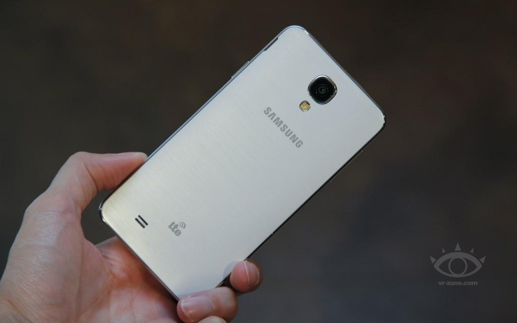 Samsung-GALAXY-J-2
