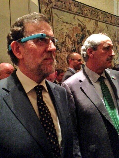 Mariano Rajoy con Google Glass