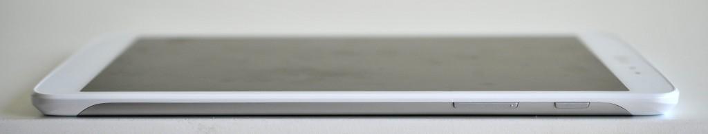 LG GPad 8.3 - Derecha