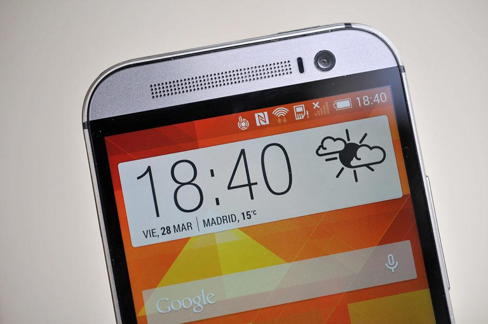 HTC One M8 - pantalla