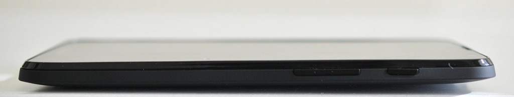 Mobistel Cynus T7 - Derecha