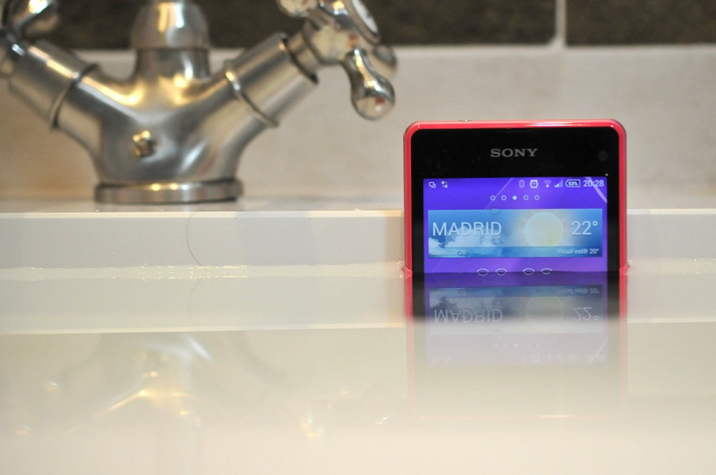 Sony Xperia Z1 Compact - Agua