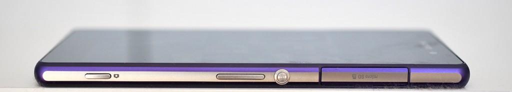Sony Xperia Z2 - derecha