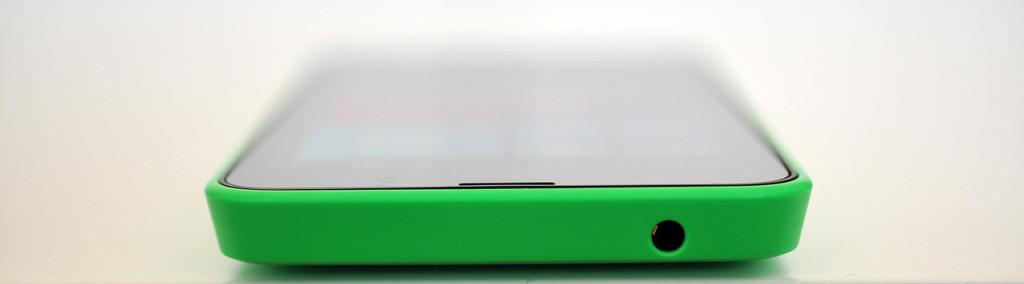 Nokia Lumia 630 - Arriba