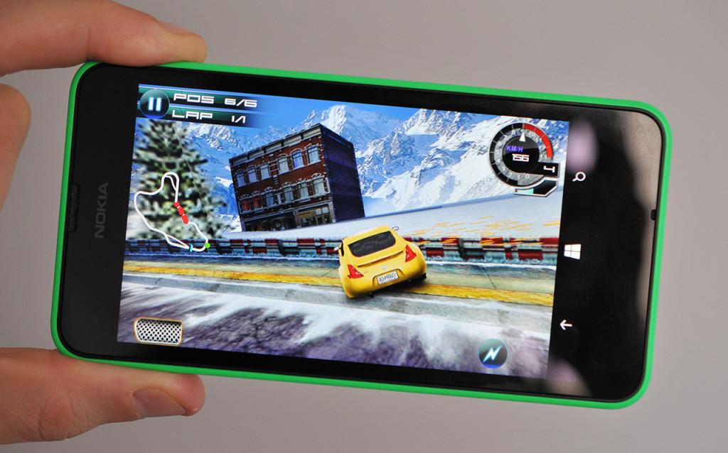Nokia Lumia 630 - Asphalt 5