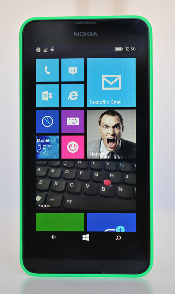 Nokia Lumia 630 - Frontal