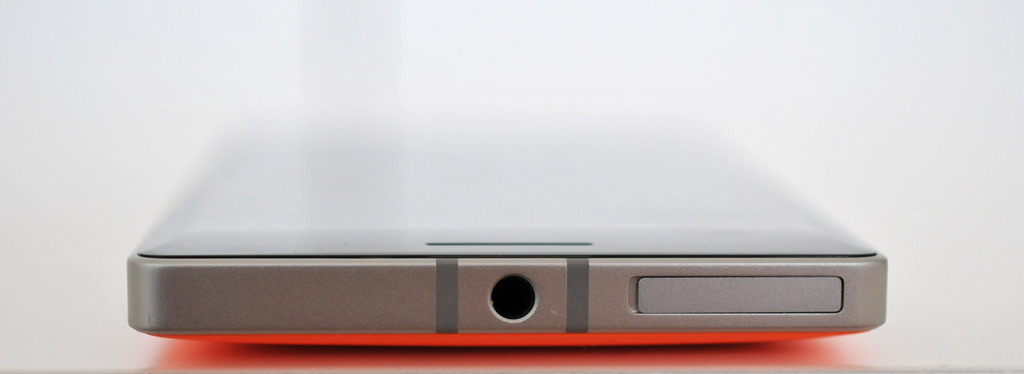 Nokia Lumia 930 - Arriba