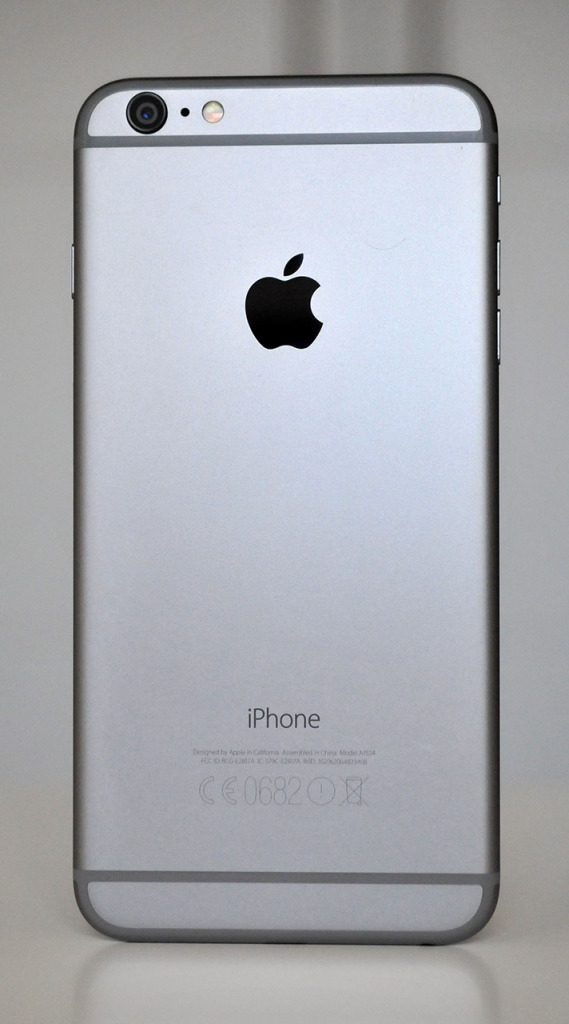 iPhone 6 Plus - Atras