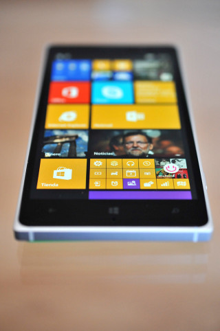 Nokia Lumia 830 - 13