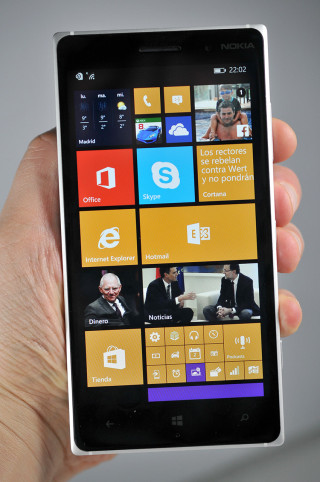 Nokia Lumia 830 - 2