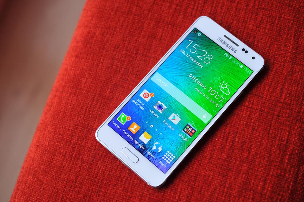 Samsung Galaxy Alpha - 14