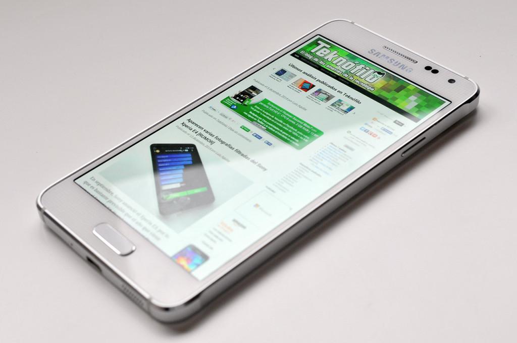 Samsung Galaxy Alpha - 16
