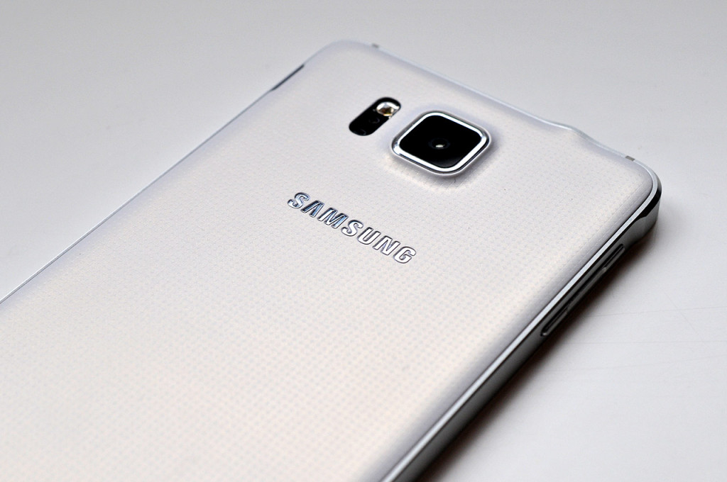Samsung Galaxy Alpha - 19