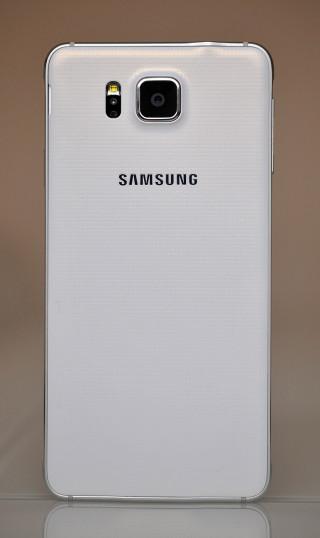 Samsung Galaxy Alpha - Atras