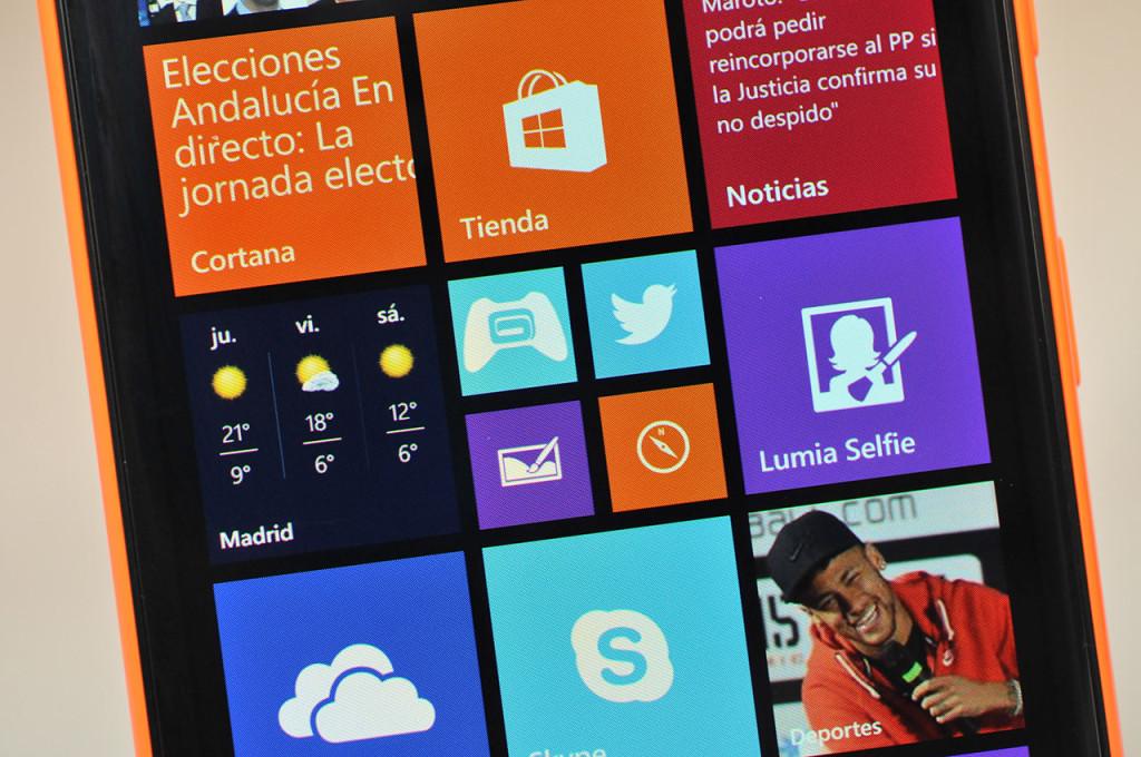 Nokia Lumia 735 - 3