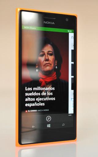 Nokia Lumia 735 - 4