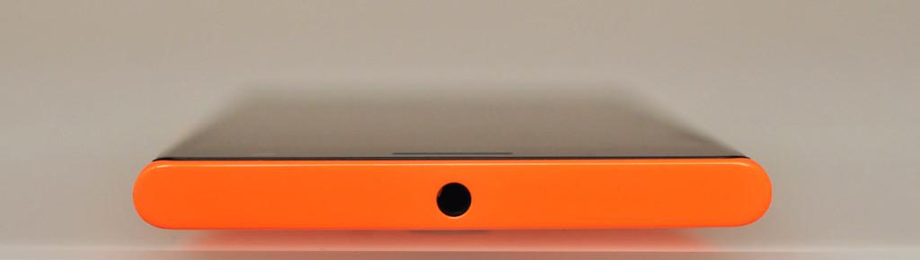 Nokia Lumia 735 - Arriba