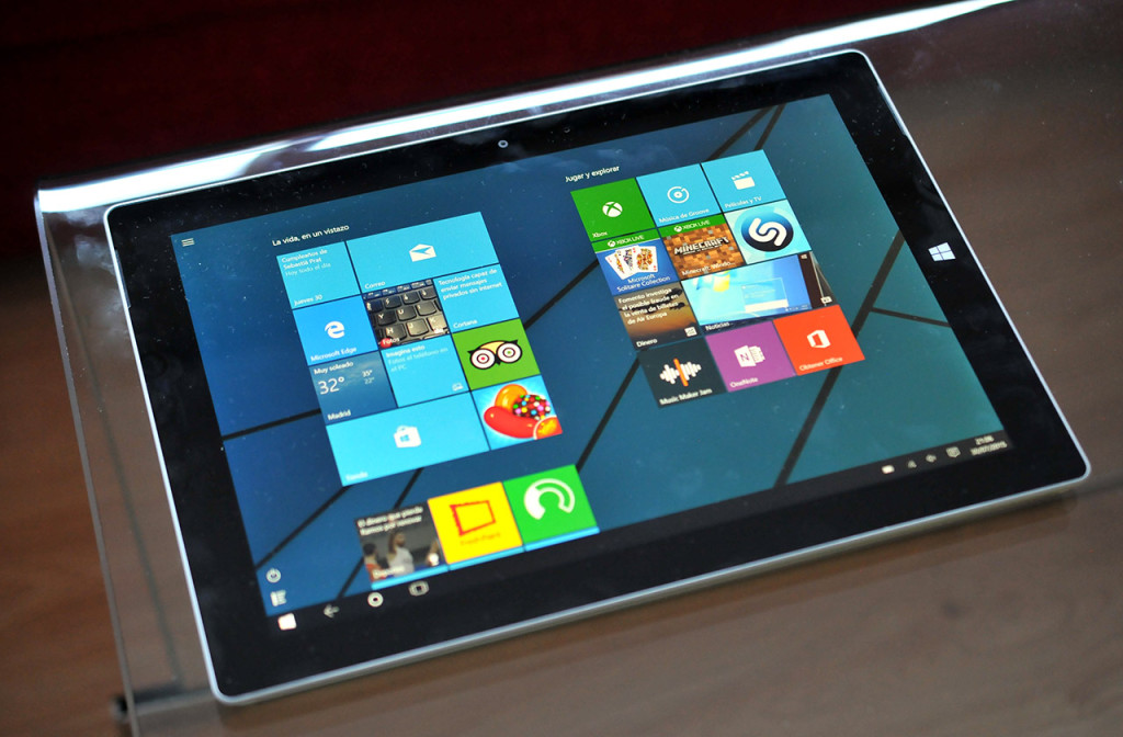 MS Surface 3 - 15
