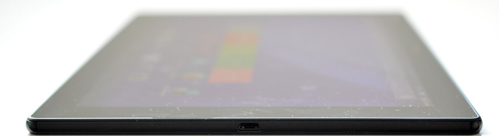 Sony Xperia Z4 Tablet - derecha