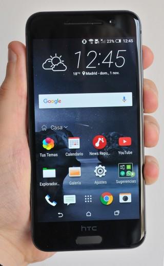 HTC One A9 - 1