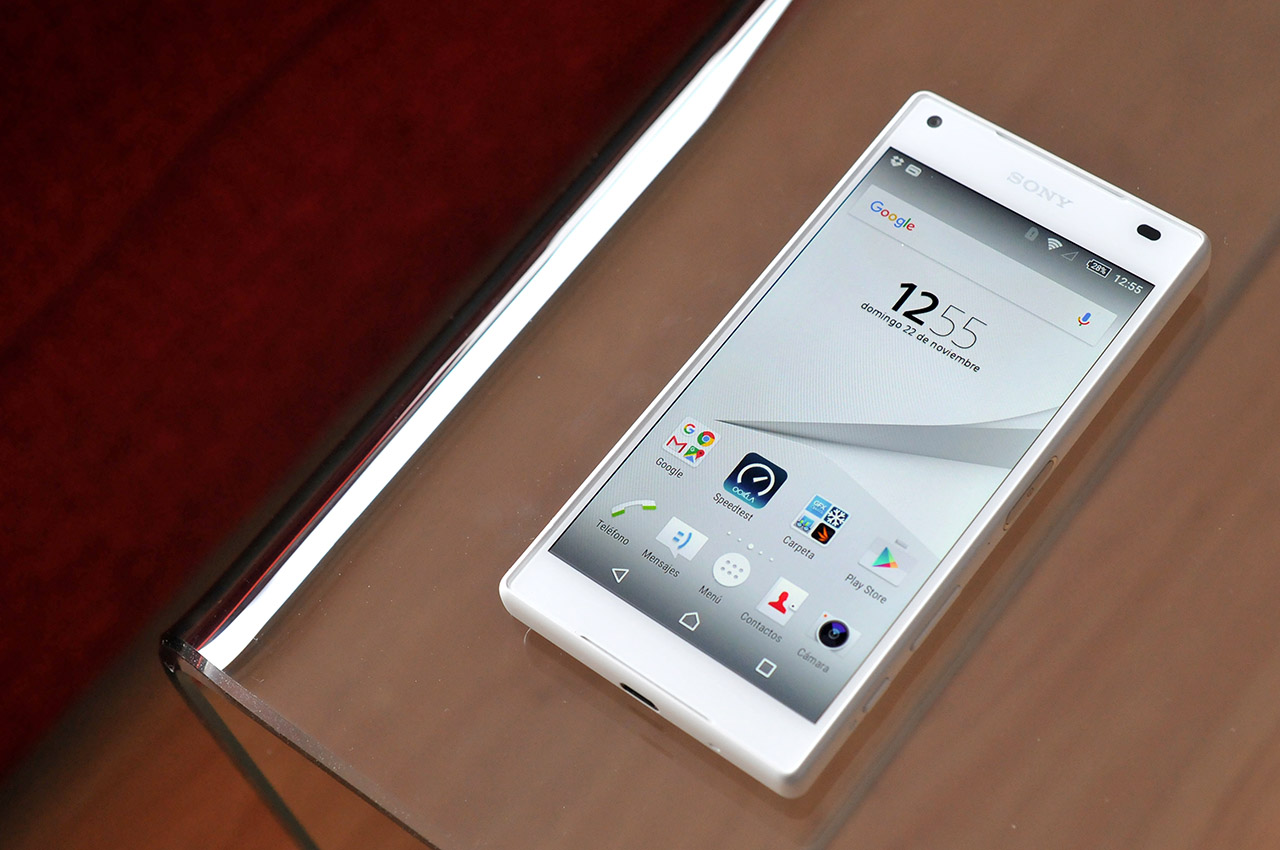 Sony Xperia Z5 Compact - 5