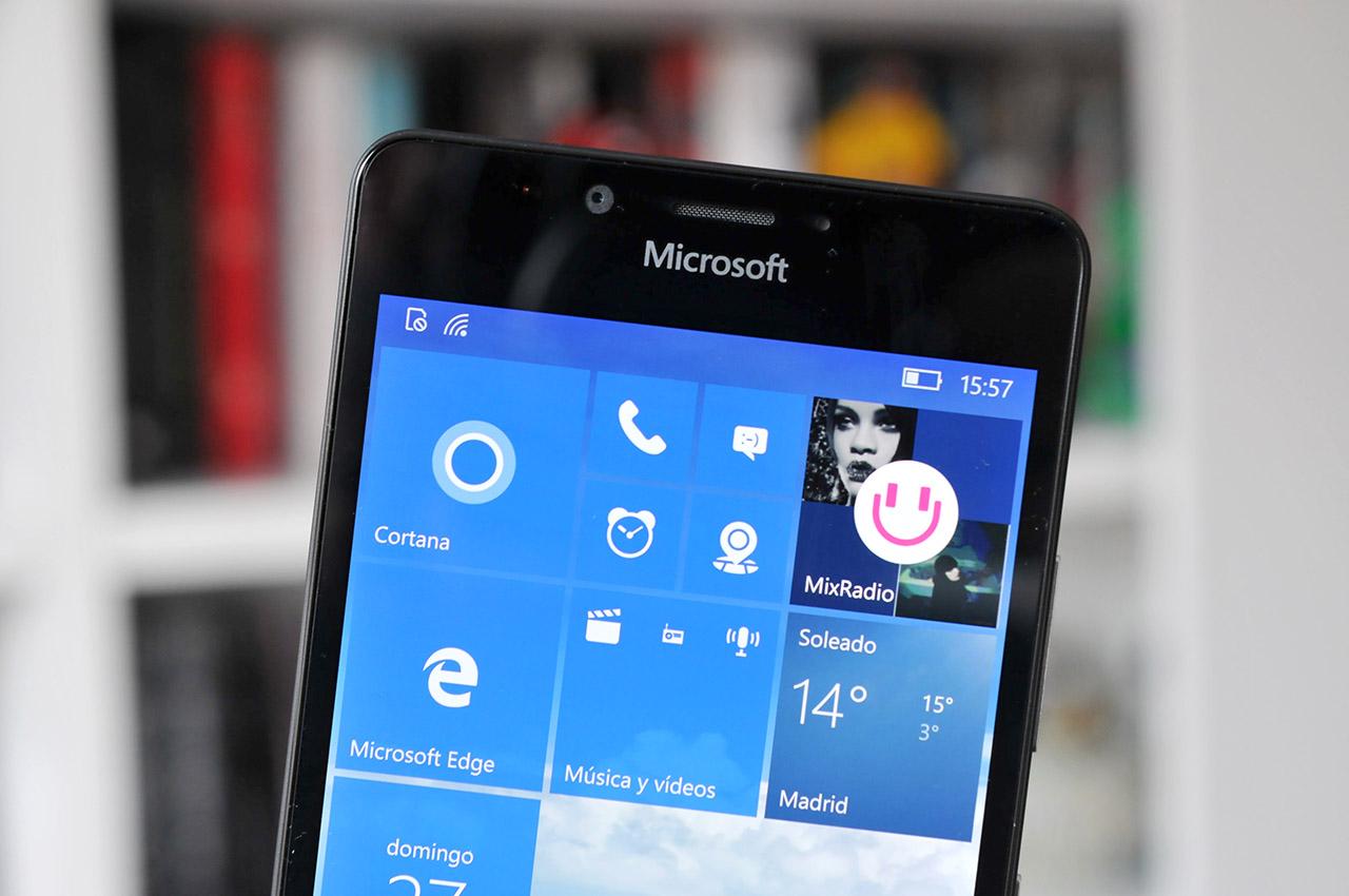 Microsoft Lumia 950 - 11