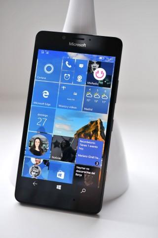 Microsoft Lumia 950 - 13