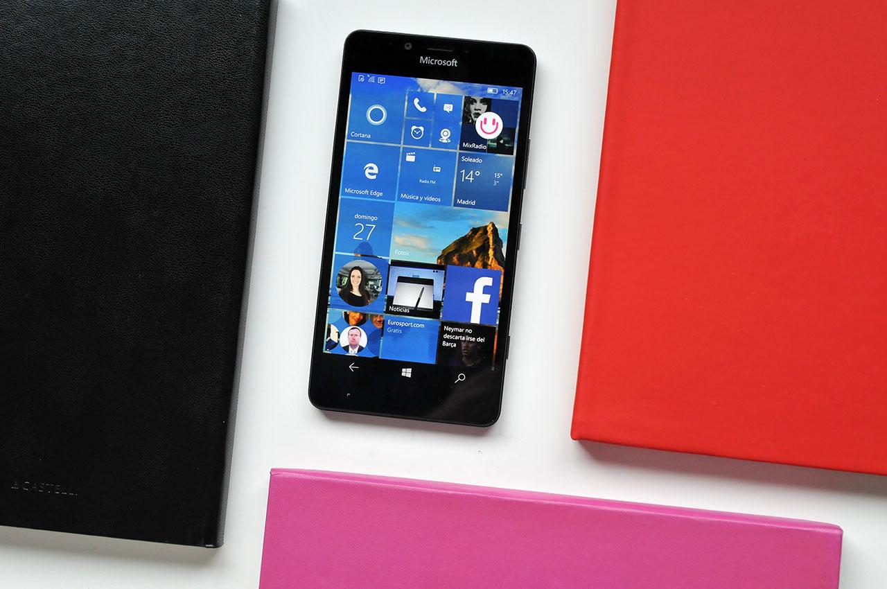 Microsoft Lumia 950 - 21